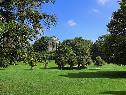 Englischer Garten Foto Von München In Bildergalerie - Englischer